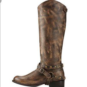 Ariat Manhattan Boots. Size 9 medium wide.